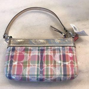 Handbags - Small coach purse